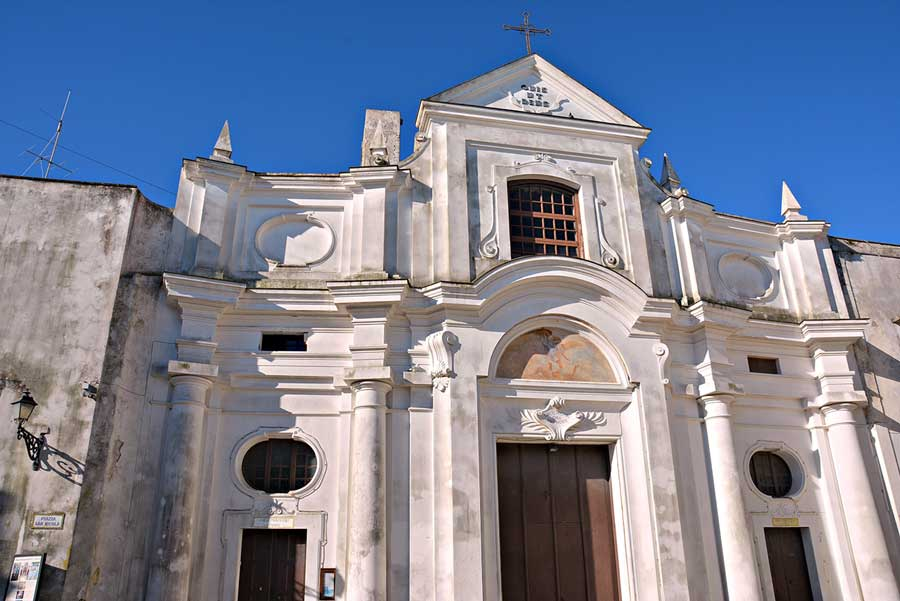 Rent Scooter Capri Chiesa San Michele Anacapri